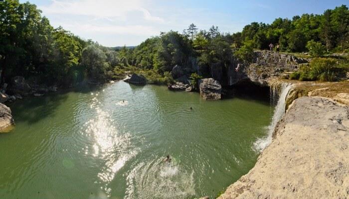 Gologoricki Dol Waterfalls